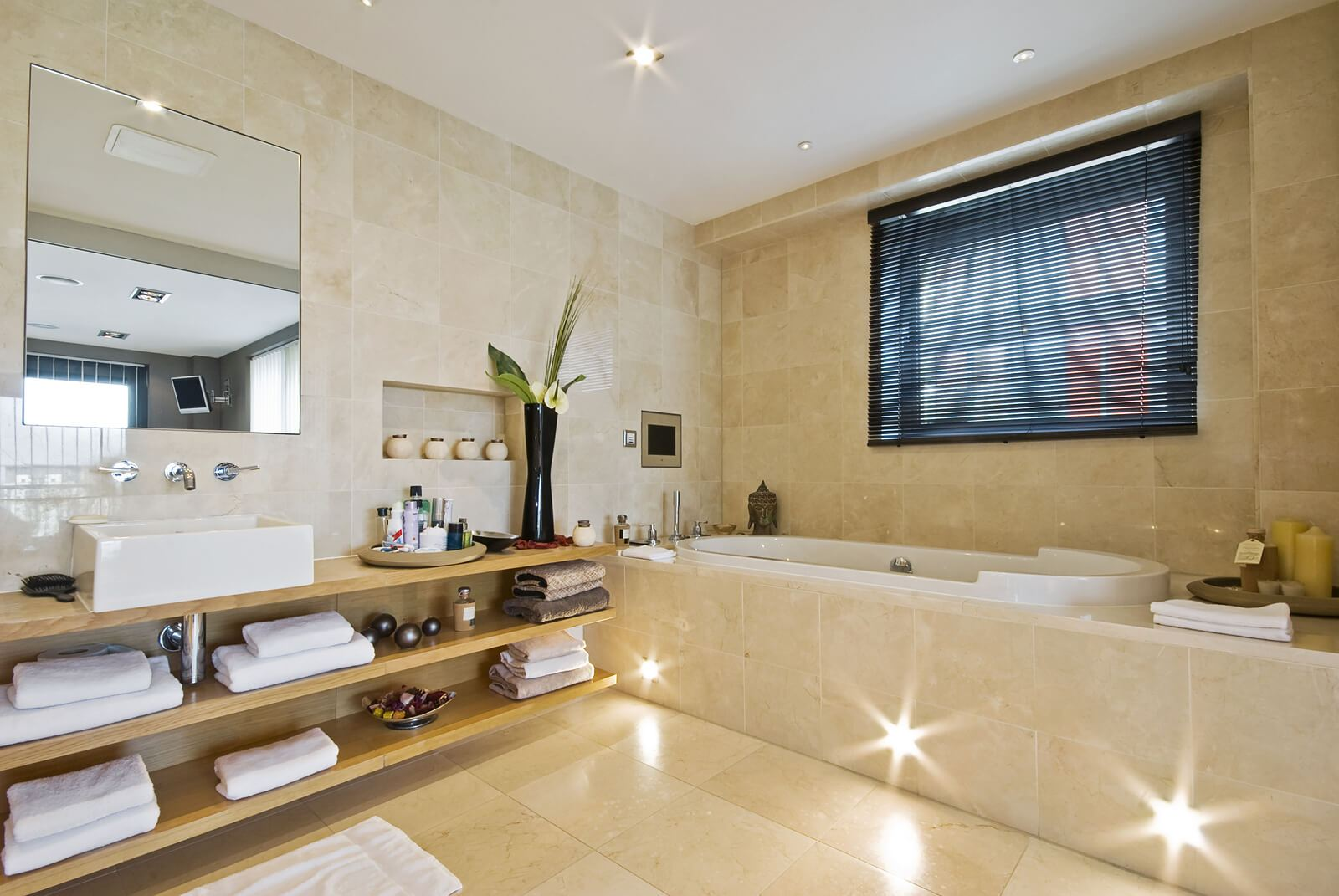home interior design luxury bathroom lighting