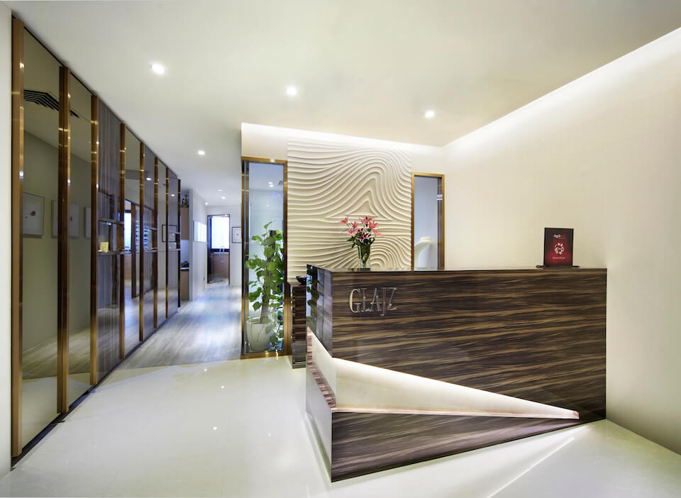 Office interior design in singapore for glajz jewellery for Office entrance design