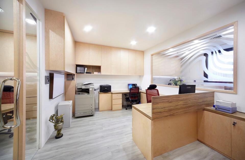 office interior design in singapore for glajz jewellery