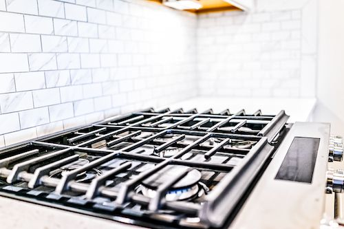 Modern and Functional HDB Kitchen Backsplash