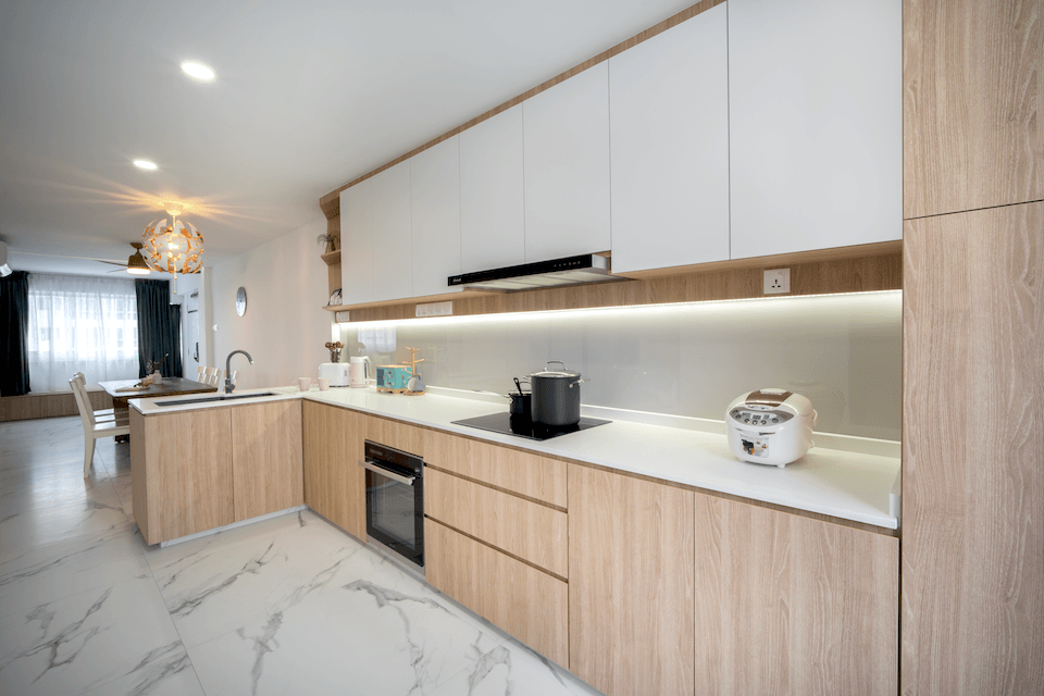 Open vs. Closed Kitchen Interior Design: Which One Is Better for Your HDB Flat?